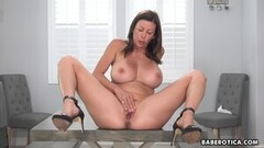 Sexy Solo milf, Alexis Fawx is toying her wet pussy, in 4K Thumb